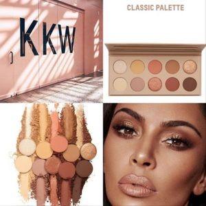 "💗KKW Beauty ""Classic"" Eyeshadow Palette"